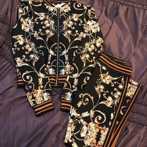 Other - NWOT WOMENS DRESS UP SWEATSUIT 😍😍😍
